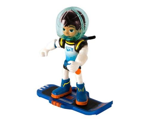 Игрушка фигурка MILES Майлз с бластбордом, 7 см